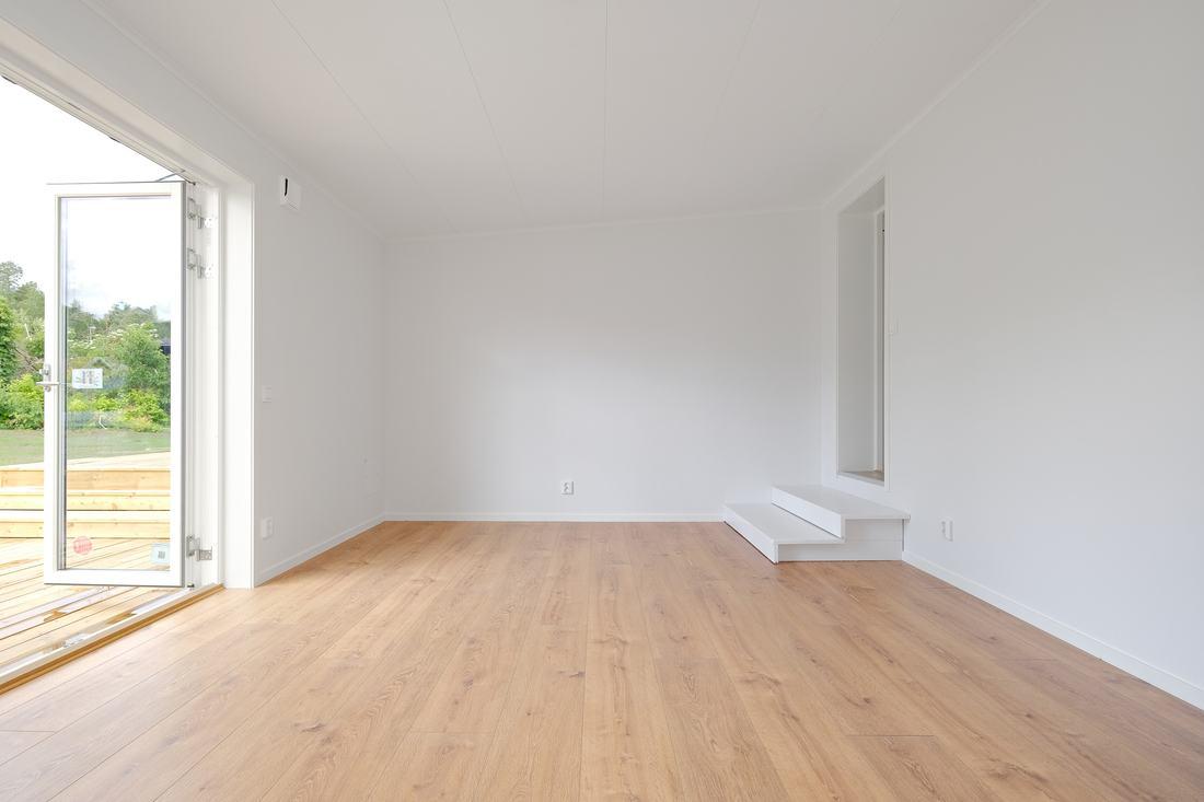 Nybyggt och mycket stort om ca 20 kvm Master Bedroom  med vattenburen golvvärme för bästa comfort...