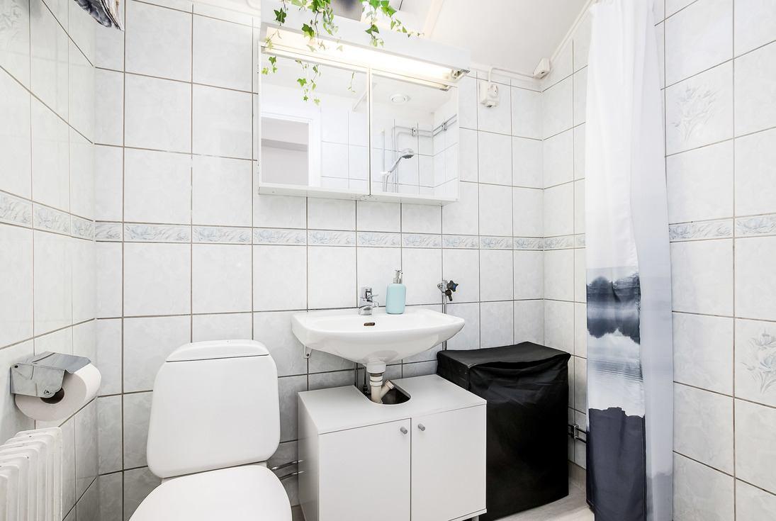 Nya vattenstammar och badrum...