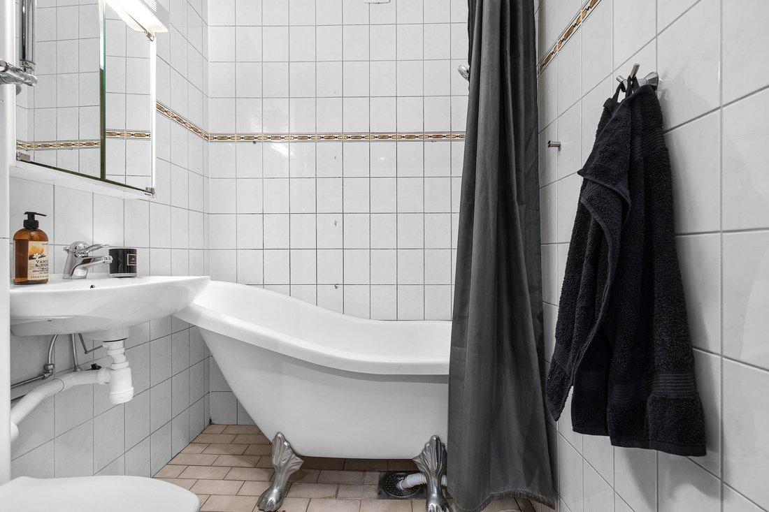Löst badkar för den som önskar dusch...