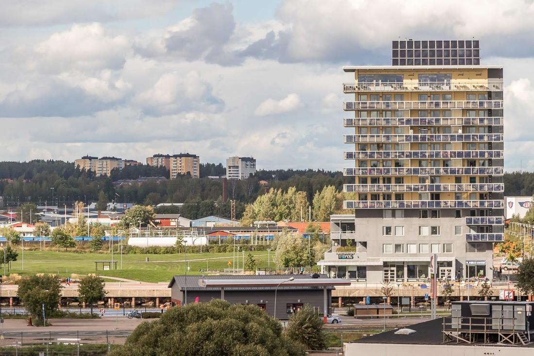 Utsikt mot och närhet till Gavleån och Gävle strand...