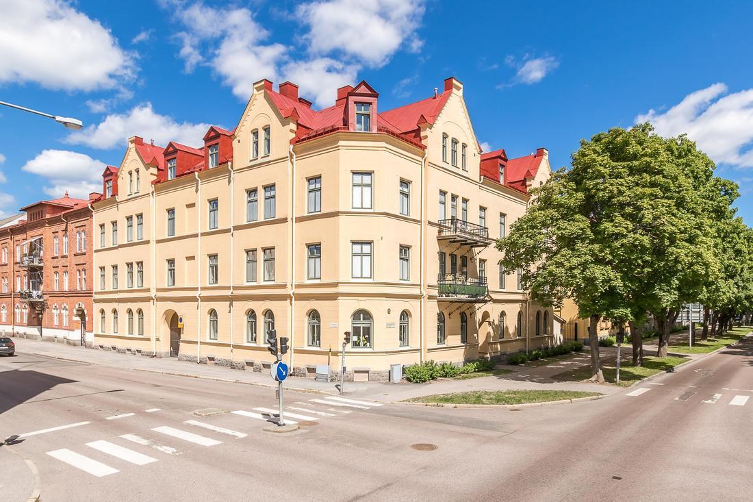 Vacker byggnad från 20-talet...