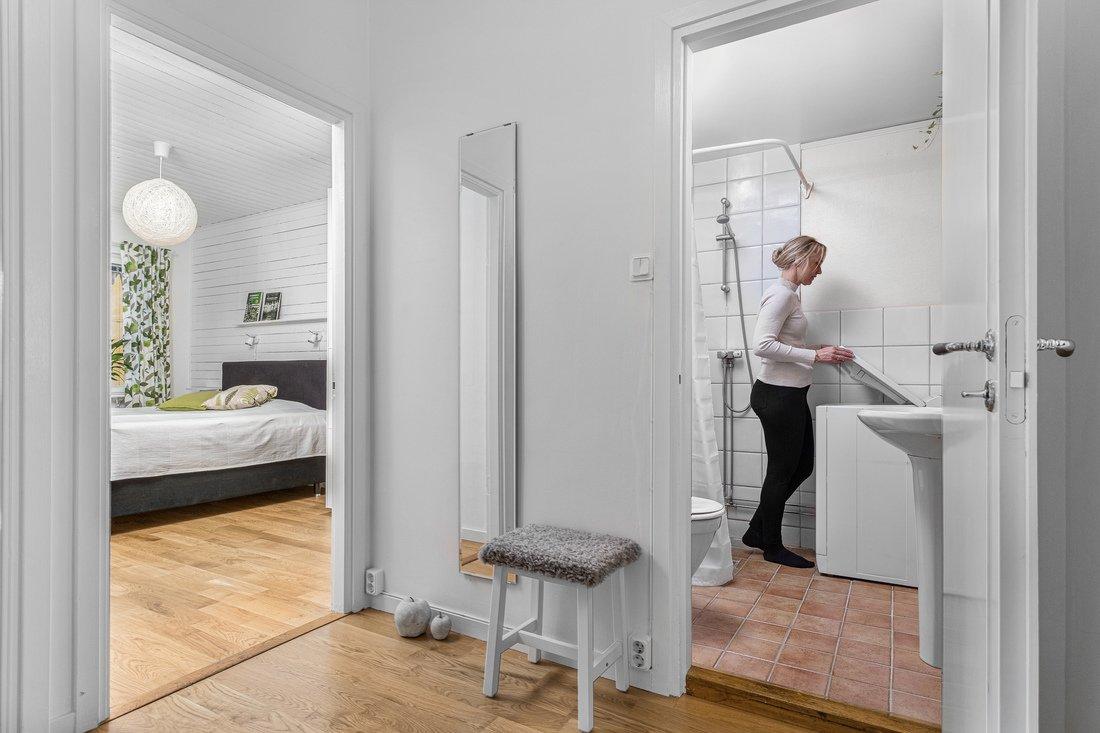 Stort sovrum och egen tvättmaskin...